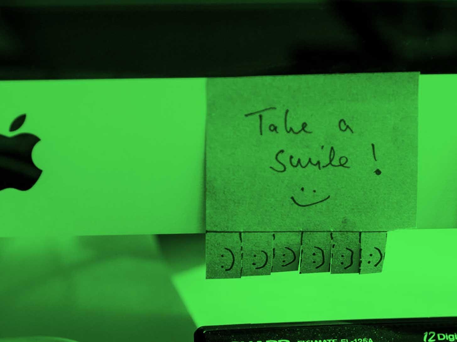 "Mood Photo Office LOBO Design: Post it ""take a smile"""